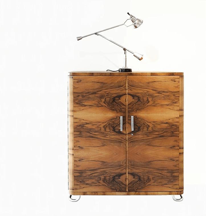 Design Vintage à acheter sur Les Puces du Design avec la sélection de Modernika