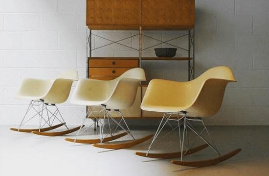 Rockers armchairs design Eames © ZigZag Modern sélectionnées pour être présentées sur l'Exposition Eames des Puces du Design en avril 2019