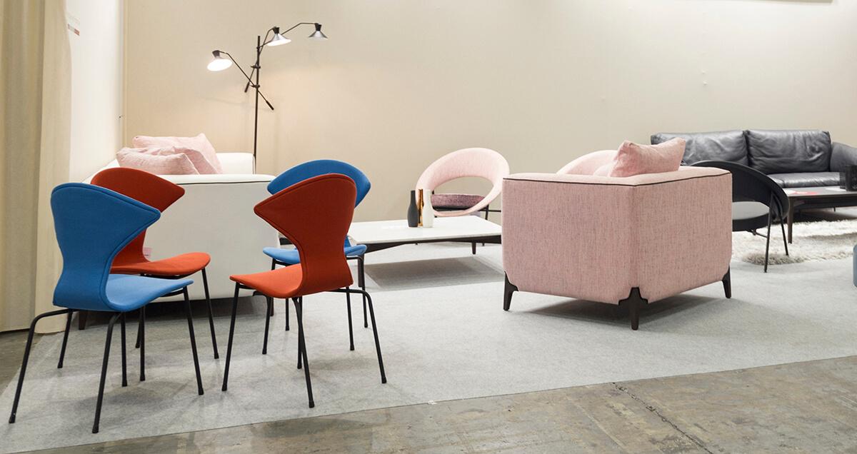 Stand Burov sur Les Puces du Design © Jeanne Buisson