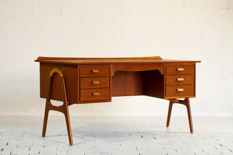 Design Vintage à acheter sur Les Puces du Design avec la sélection de la Galerie Les Modernistes